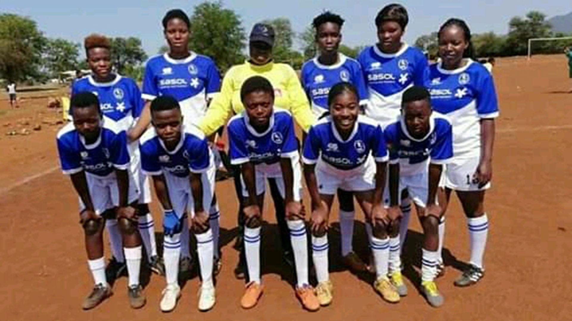 team photo of Merwe united ladies team